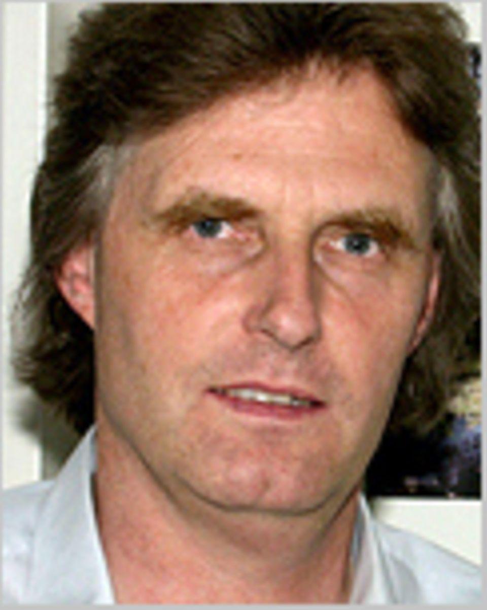 Ulrich Kutschera ist Professor für Pflanzenphysiologie und Evolutionsbiologie an der Universität Kassel