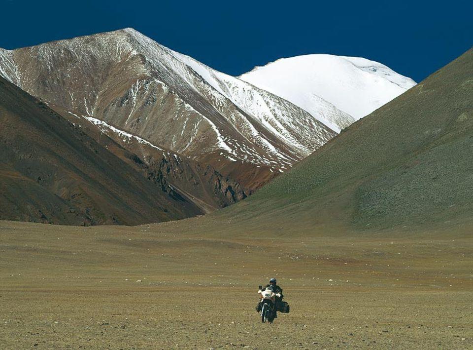 """""""Ich habe geweint vor Glück"""": Peters in den Bergen der Mongolei"""