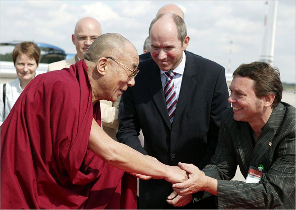 GEO.de-Autor Andreas Hilmer (rechts) mit dem Dalai Lama
