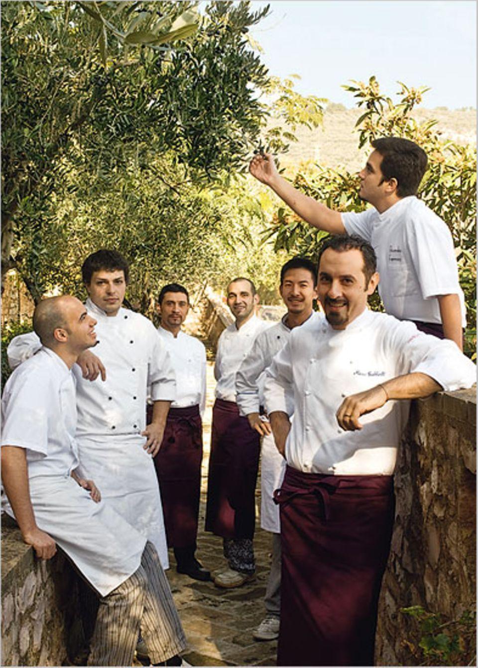 Die Köche stammen aus Italien, Japan, den USA und Brasilien und widmen sich den Traditionen Umbriens