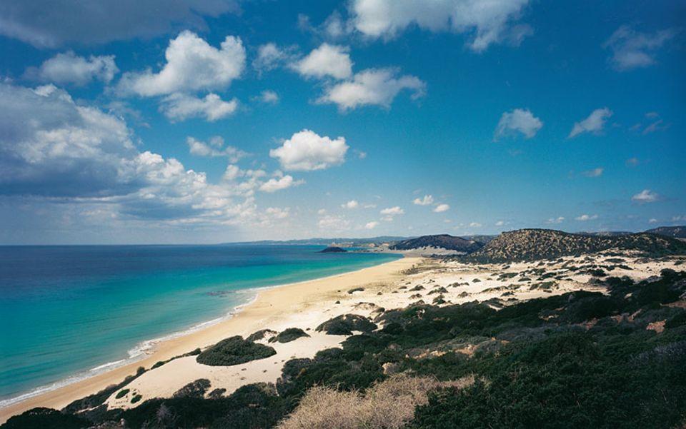 """Unendlich viel Platz an der Sonne: der drei Kilometer lange """"Golden Beach"""" auf der Halbinsel Karpaz"""
