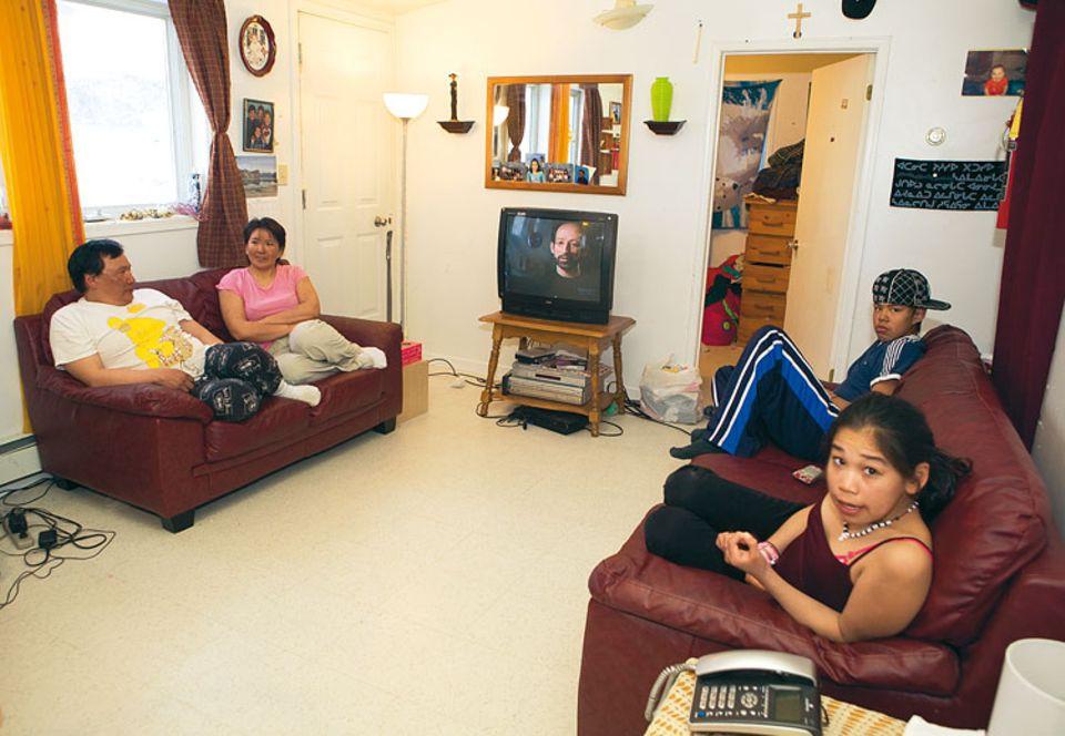 Moderne und alte Werte zu vereinen, ist das Ziel des Ehepaars Metuq. Seine Kinder gehen auf die höhere Schule und zum Jagen