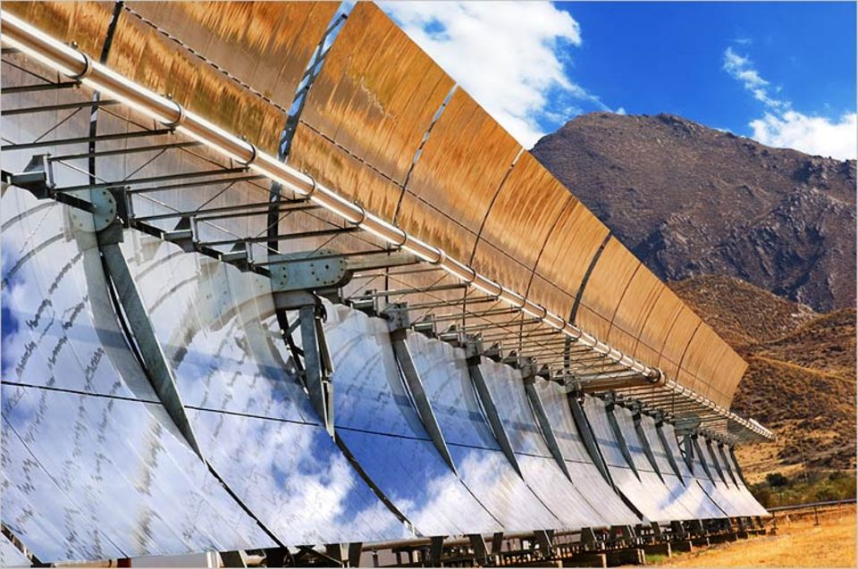 Riesige Sonnenkollektoren in der Wüste könnten bald einen Großteil des Energiebedarfs der Menschheit decken
