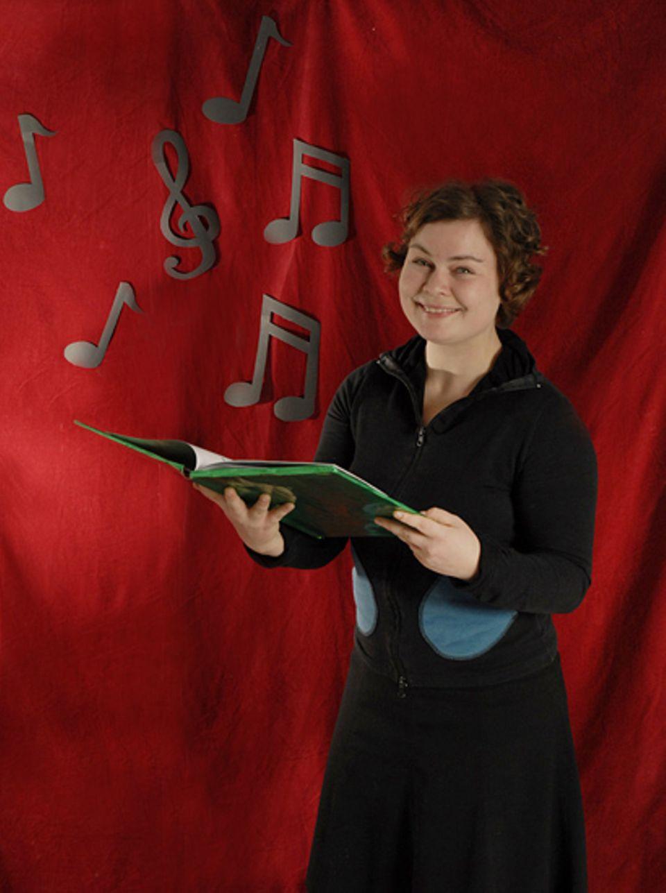 Textredakteurin Katharina Beckmann liebt vor allem eines an Weihnachten: Das Singen!