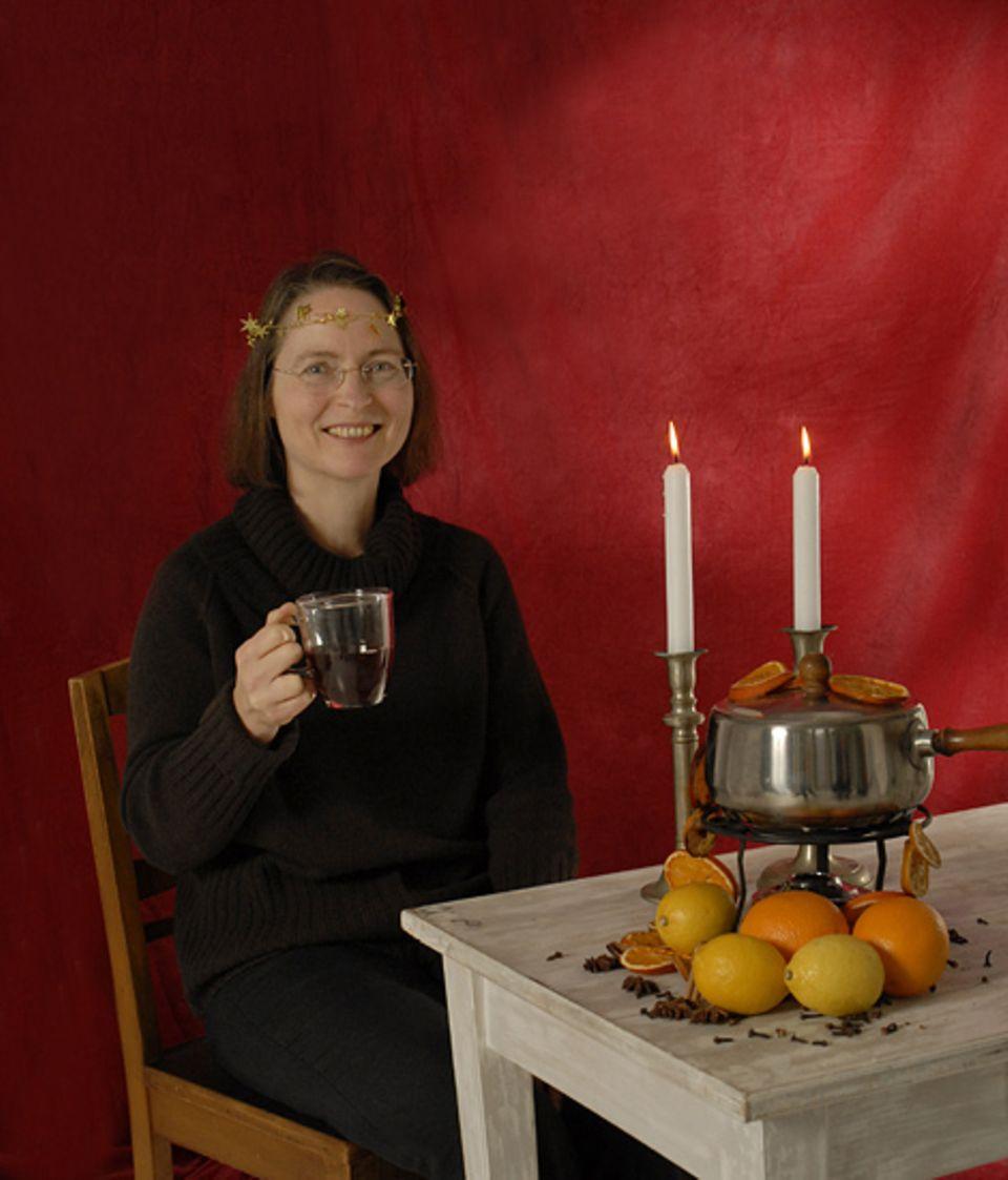 Chefin vom Dienst Karola Schulte braut sich an kalten Winterabenden gerne mal einen schmackhaften und heißen Punsch