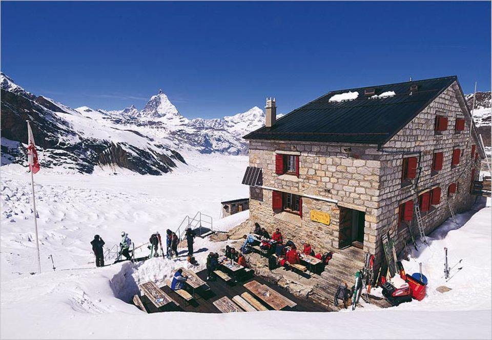 Spartanisches Quartier in grandioser Kulisse: Monte-Rosa-Hütte
