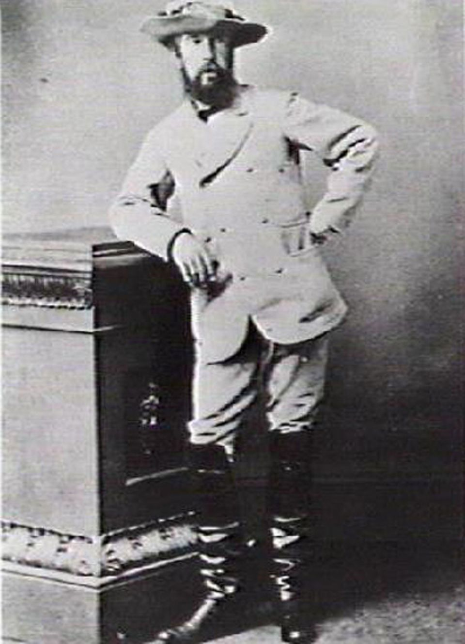"""GEO EPOCHE Australien: Charles Todd (1826-1910) ist die treibende Kraft hinter dem Bau des """"Overland Telegraph"""""""