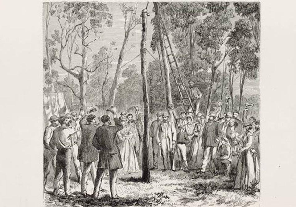 GEO EPOCHE Australien: Der erste Telegraphenmast wird 1870 noch feierlich eingeweiht (zeitgenössische Radierung)