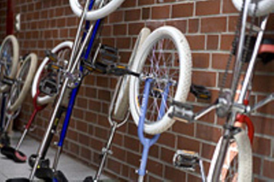 Kristins Kunststück: Einrad fahren