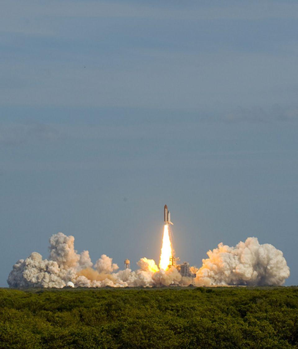 Am 7. Februar 2008 startete die Atlantis ins All. An Bord hat sie das Weltraum-Labor Columbus