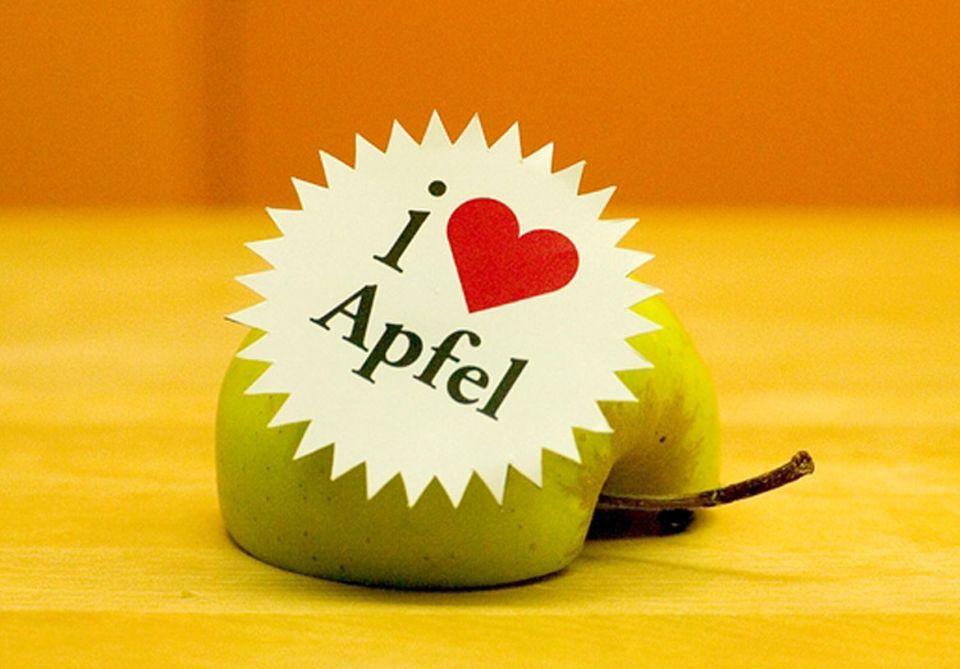 Obst ist nicht gleich Obst: Ein ökologisch produzierter Apfel weist eine bessere Klimabilanz auf als ein Apfel aus konventionellem Anbau