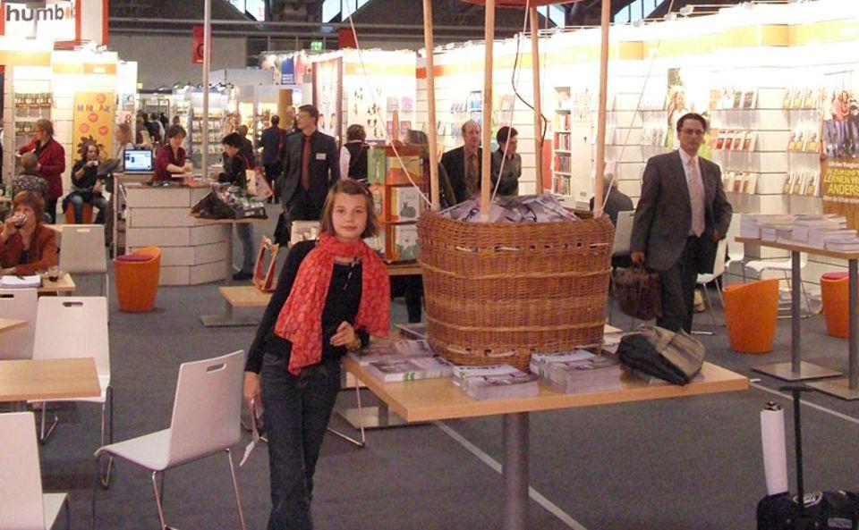 Eva Carlotta besuchte als GEOlino.de-Reporterin die Frankfurter Buchmesse