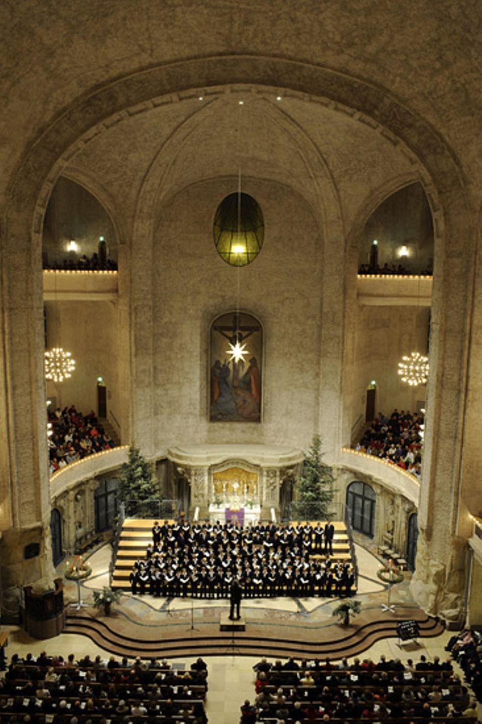Auftritt des Kreuzchors in der Dresdner Kreuzkirche