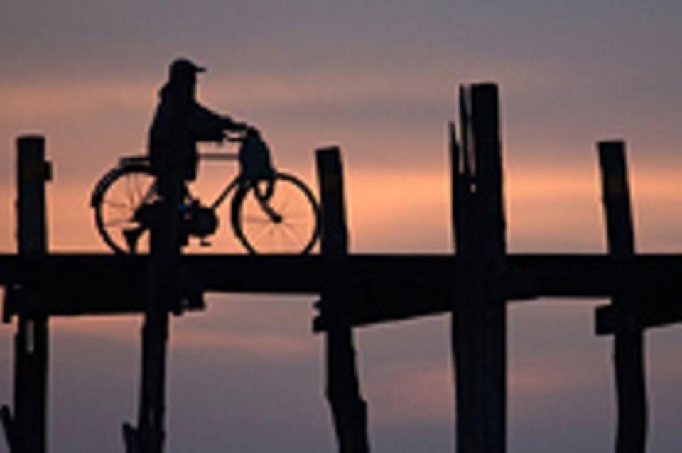 Schiebepuzzle: Nr. 160: Brücke in Myanmar