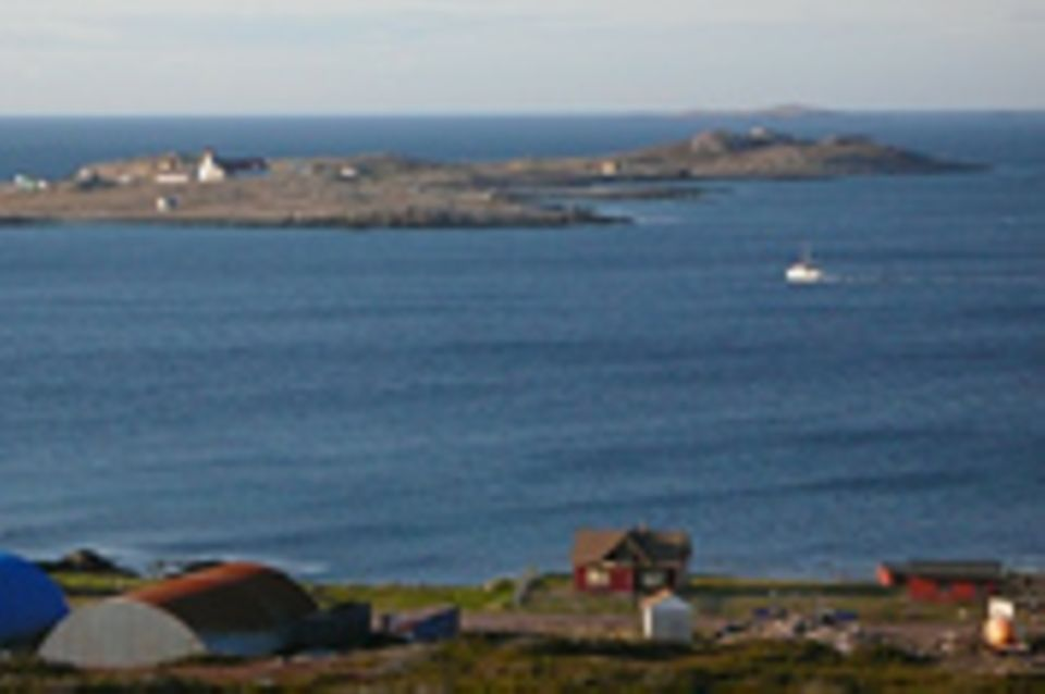 Saint-Pierre und Miquelon, Archipel in der Isolation