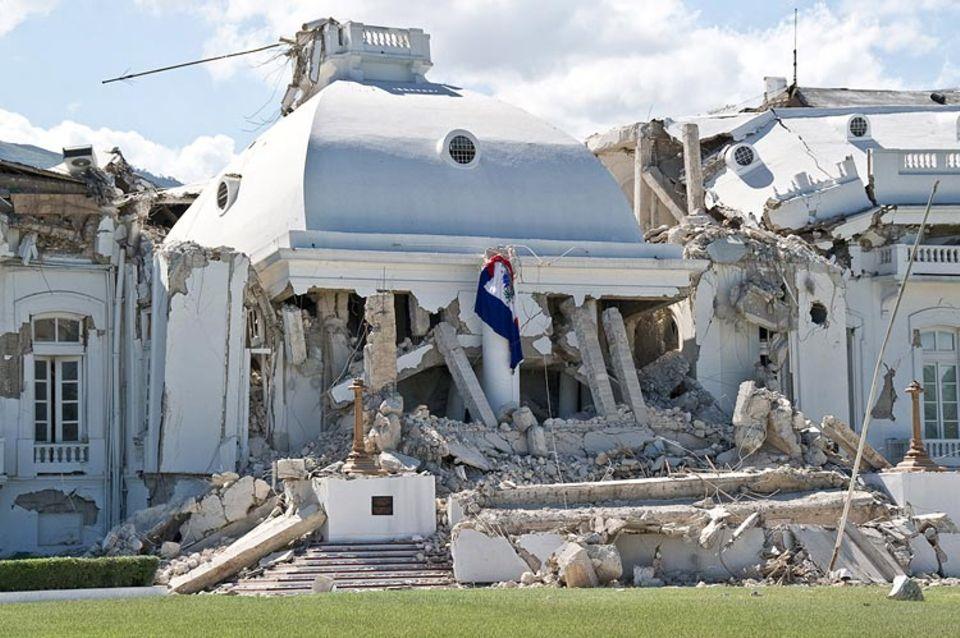 Erdbeben: 2010 bebte die Erde in Haiti: Auch der Präsidentenpalast wurde bei dem Erdbeben zerstört