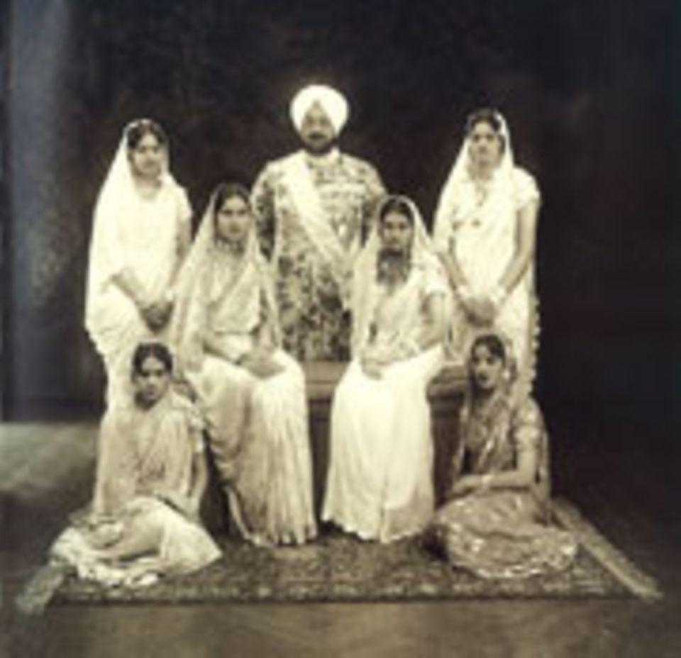 Indien: Viele Maharadaschas zählen, wie Bhupindar Singh von Patiala, gleich mehrere Frauen zu ihrer Familie
