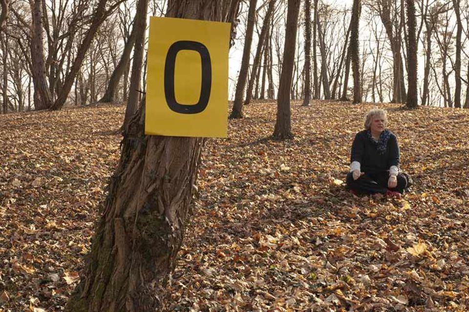 Die letzte Pappe war eine Null: GEO-Redakteurin Sabine Wuensch, nachdem sie (fast) alle Spuren der Fotoproduktion beseitigt hatte