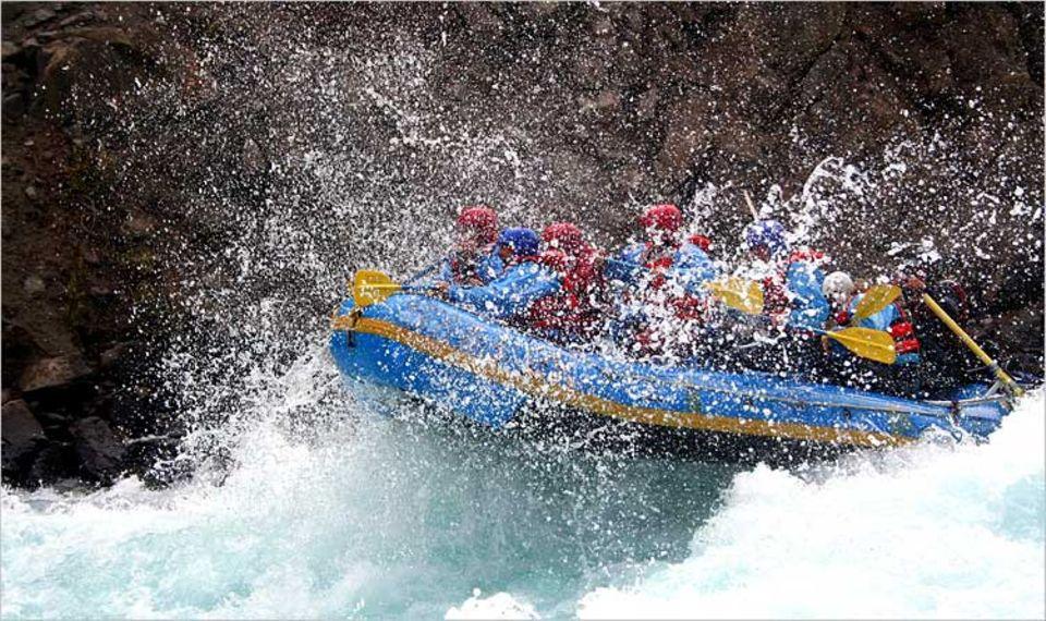 Ferien mit Sturzhelm: River Rafting auf dem Chilko River in British Columbia