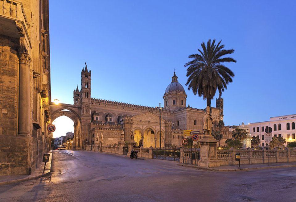 Sizilien: Absolut sehenswert: die Kathedrale Maria Santissima Assunta in Palermo
