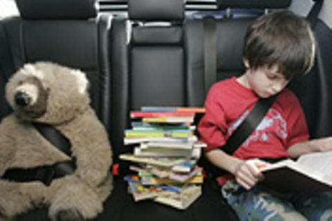 Mit Kindern im Auto: Tipps für eine entspannte Autofahrt mit Kindern