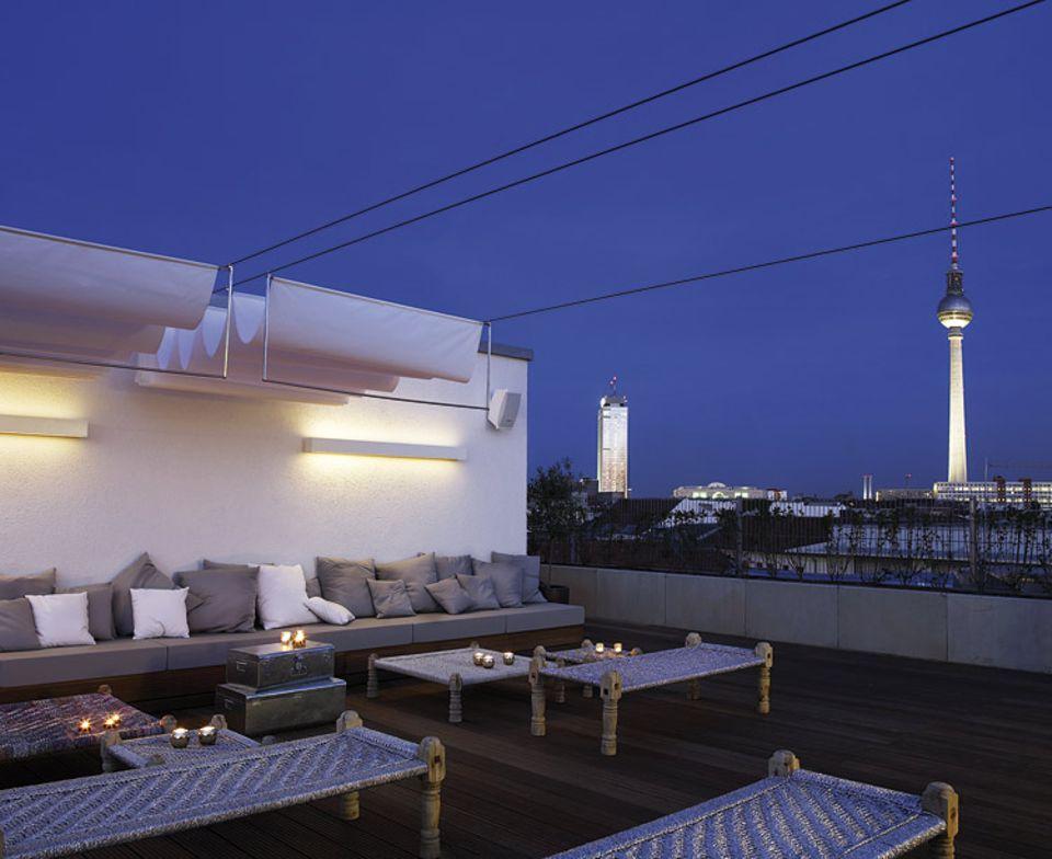 Das Amano-Hotel gönnt Touristen selbst in der schlaflosen Mitte Berlins ein paar Stunden Nachtruhe