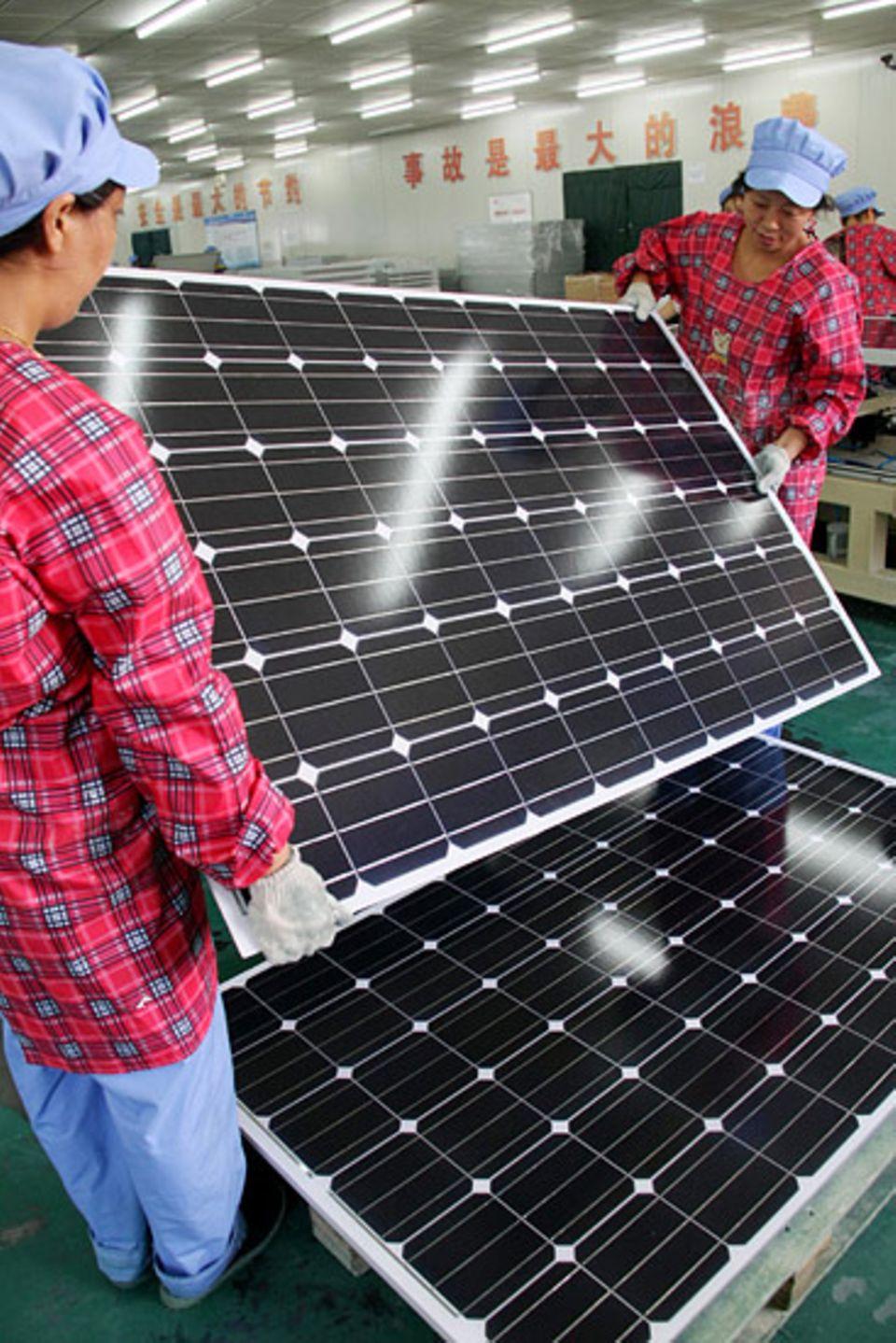 China ist zum wichtigsten Markt für Solarenergie geworden und hat bei Investitionen in erneuerbare Energien die Führung übernommen
