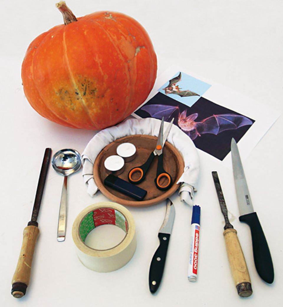 Bastelanleitung: Material für euren Halloweenkürbis