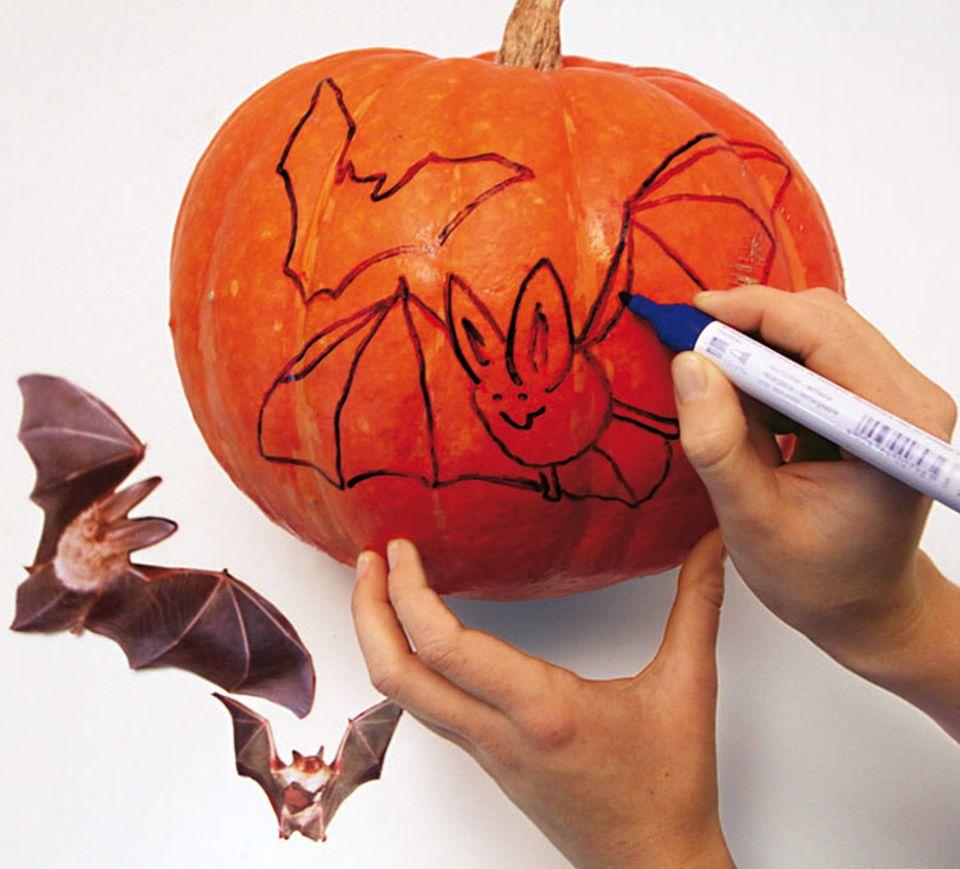 Bastelanleitung: Halloween-Kürbis zum Selbermachen