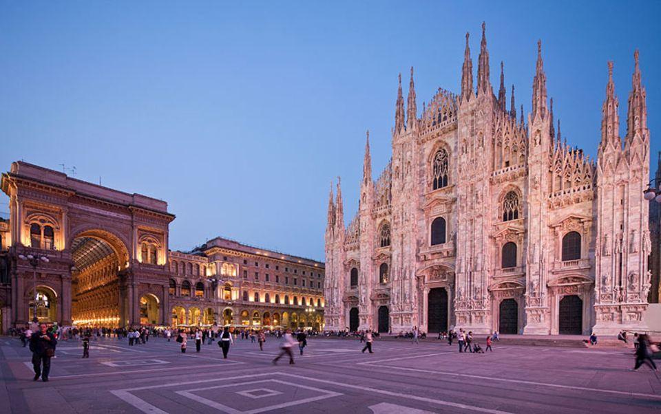 330 Stufen hoch geht es zu den Terrassen, ein 8000 Quadratmeter großes Muss mit Ausblick - der Dom von Mailand