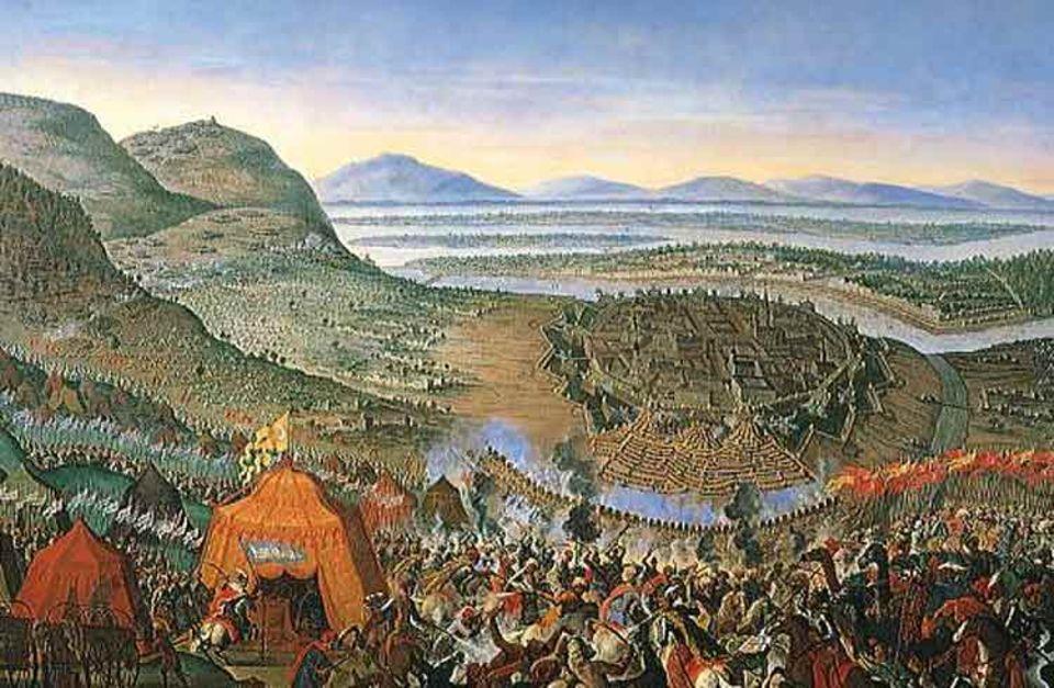 Am 14. Juli 1683 schließen etwa 200 000 Mann unter der Führung des osmanischen Großwesirs Wien ein, attakieren dessen massive Befestigungen. Direkt vor der Hofburg zerstören sie mit unterirdischen Gängen und Sprengungen die Barrieren (Bildzentrum) - bis ein christliches Entsatzheer nach zwei Monaten die Angreifer zur Schlacht stellt (Vordergrund)