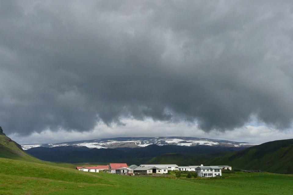 Bei den letzten drei Ausbrüchen des Eyafjallajökull folgten jeweils Ausbrüche des nachbarvulkans Katla. Wenn das Szenario stimmt, ist Katla fällig – eigentlich sogar schon überfällig