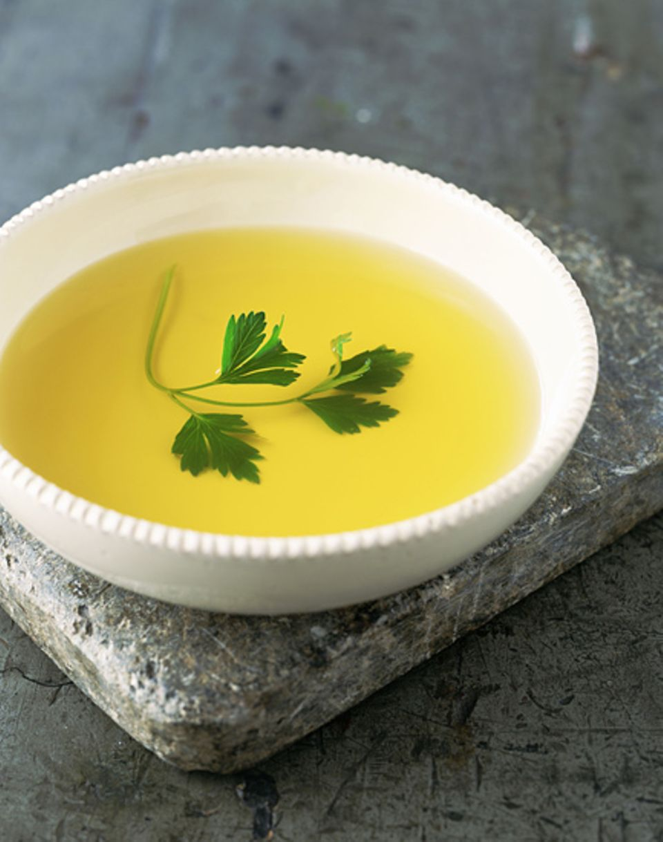 Gemüsebrühe und Tee gehören zu jedem Fastenurlaub