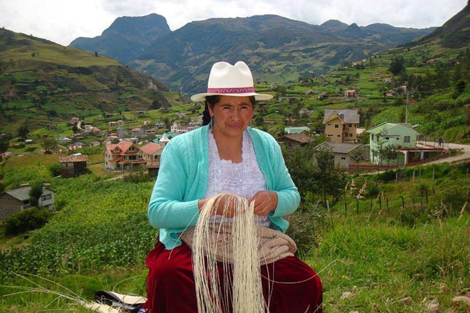 In Sigsig gibt es eine Genossenschaft für Weberinnen, die Associacion de Toquilleras. Marlene Castro ist die Direktorin