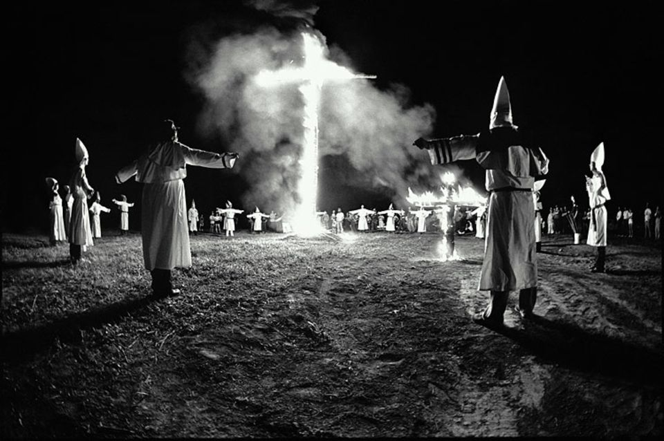 Geheimbünde: Treffen eines Ku-Klux-Klans