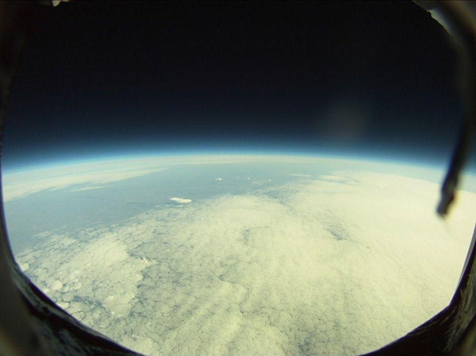 Space Ballon: Atemberaubende Bilder aus dem All nahm die Kamera auf