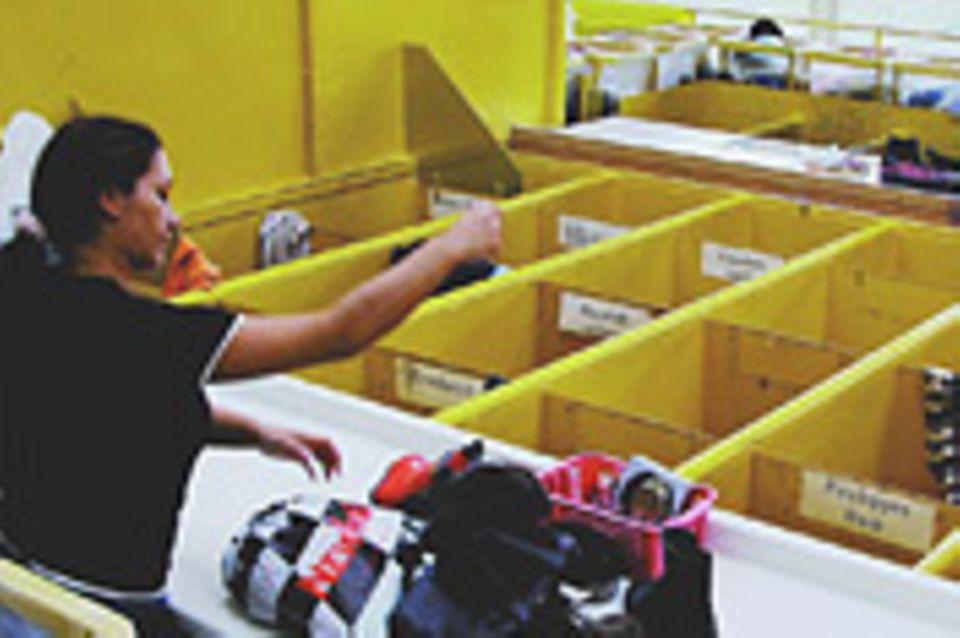 Altkleidersammlungen: Das Geschäft mit dem Stoff