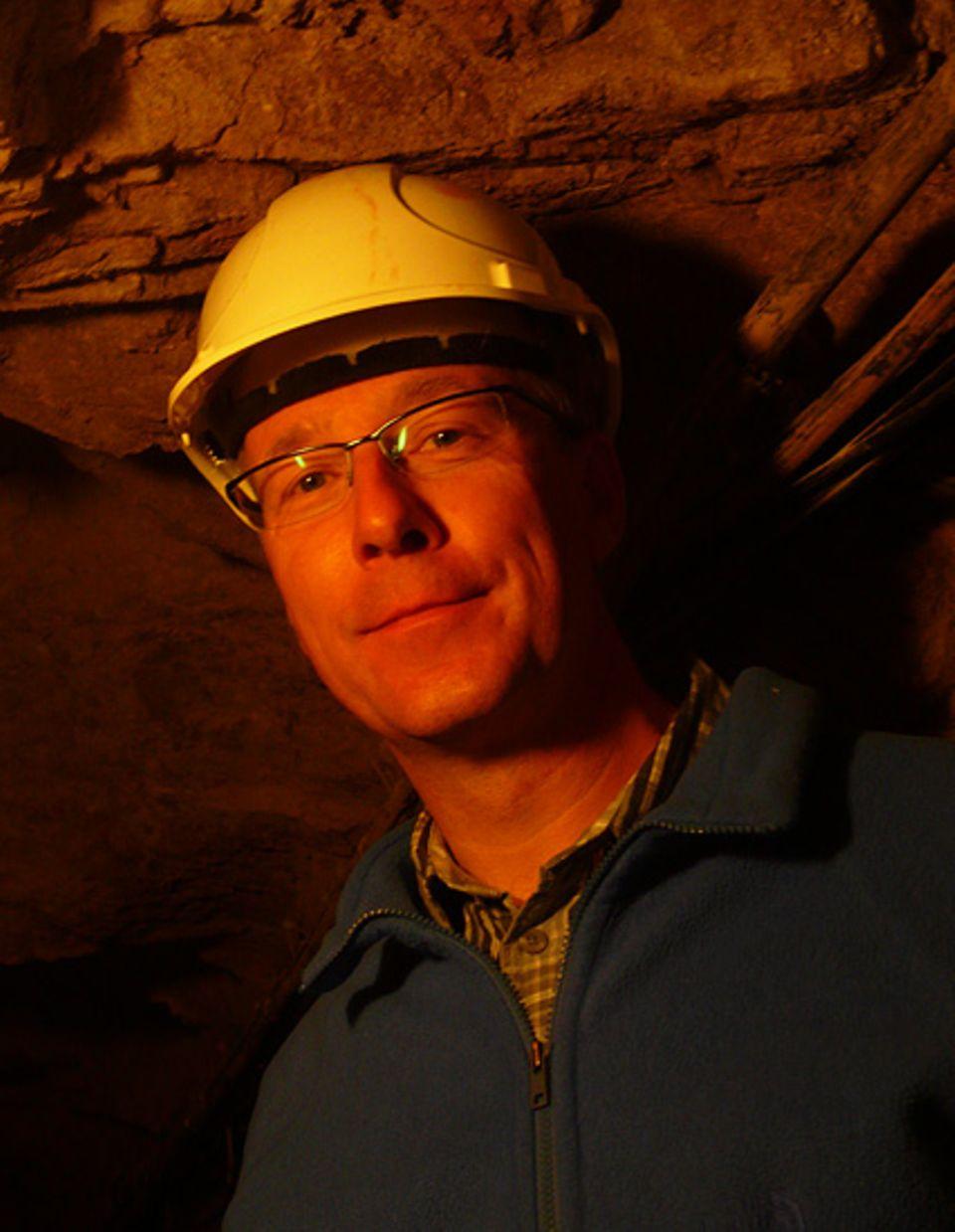 Geophysik: Absolute Ruhe statt Gehämmer unter Tage: Geophysiker Thomas Forbriger im ehemaligen Silberbergwerk bei Schiltach
