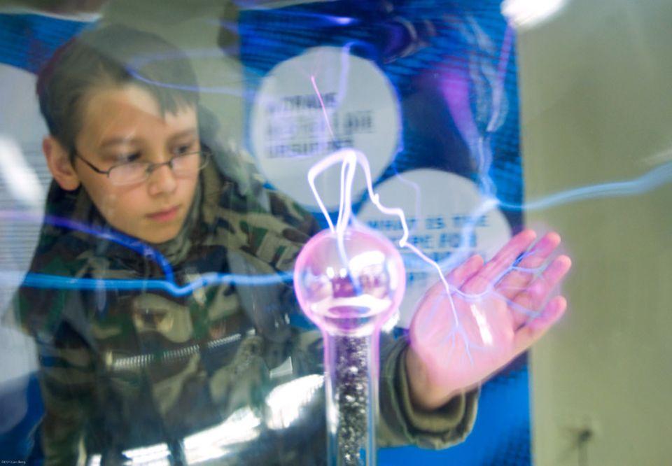Ausstellung: Ein Mini-Nachbau des Teilchenbeschleunigers in der Schweiz