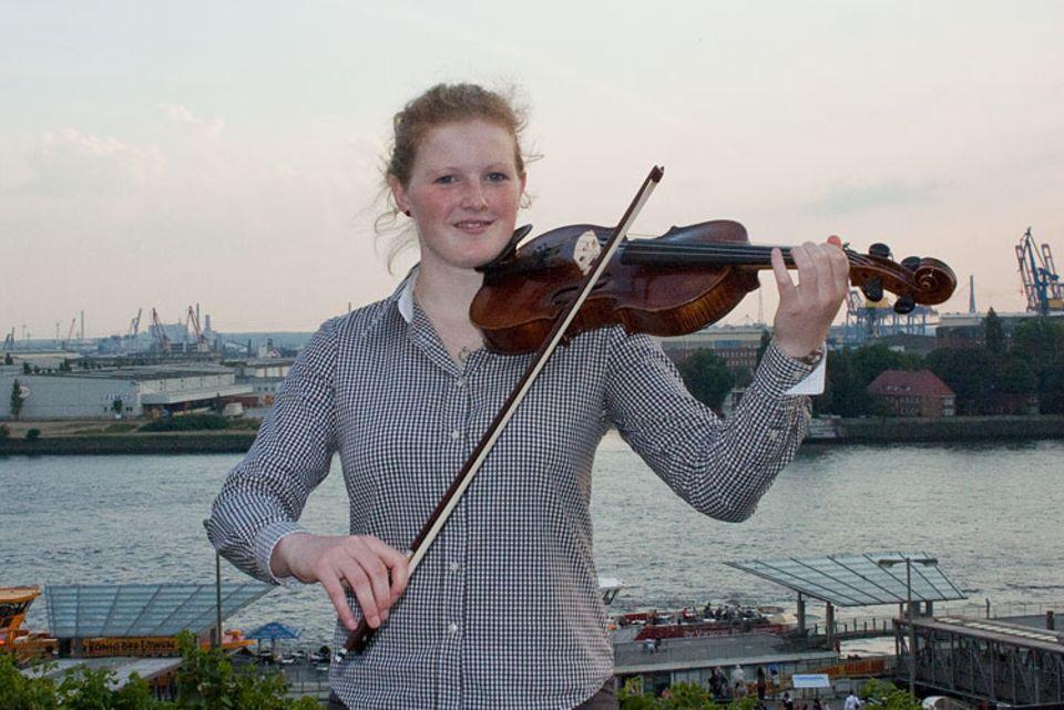 Musikinstrumente: Luise Raithel hat sich für die Bratsche entschieden