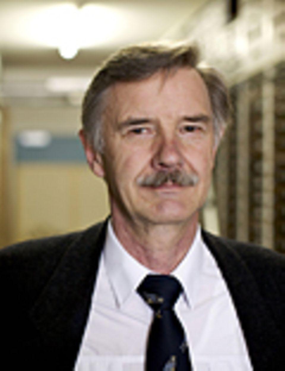 """Invasive Arten: Josef Reichholf lehrte bis 2010 als Professor an beiden Münchner Universitäten zum Thema Naturschutz, Ökologie und Evolutionsbiologie. Seine hier vorgestellten Thesen vertieft er unter anderem in seinem Buch """"Die Zukunft der Arten"""""""
