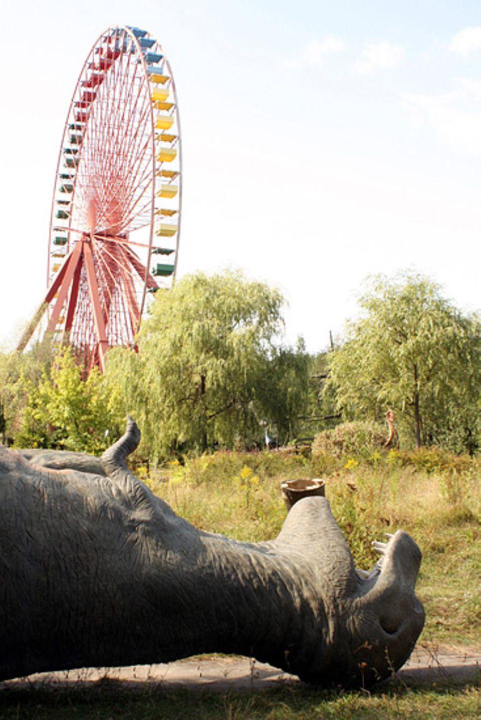 Geisterstädte: Das Riesenrad steht still - seit vielen Jahren