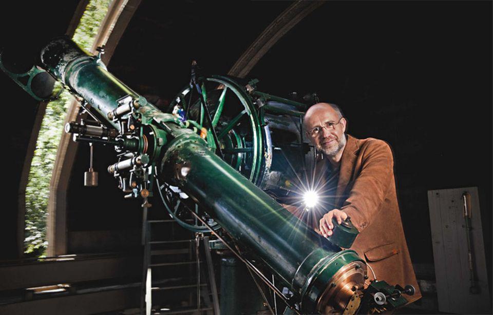 Prof. Dr. Harald Lesch von der Universitäts-Sternwarte München ist einer der bekanntesten deutschen Astrophysiker. Zudem arbeitet der 51-Jährige als Dozent für Philosophie