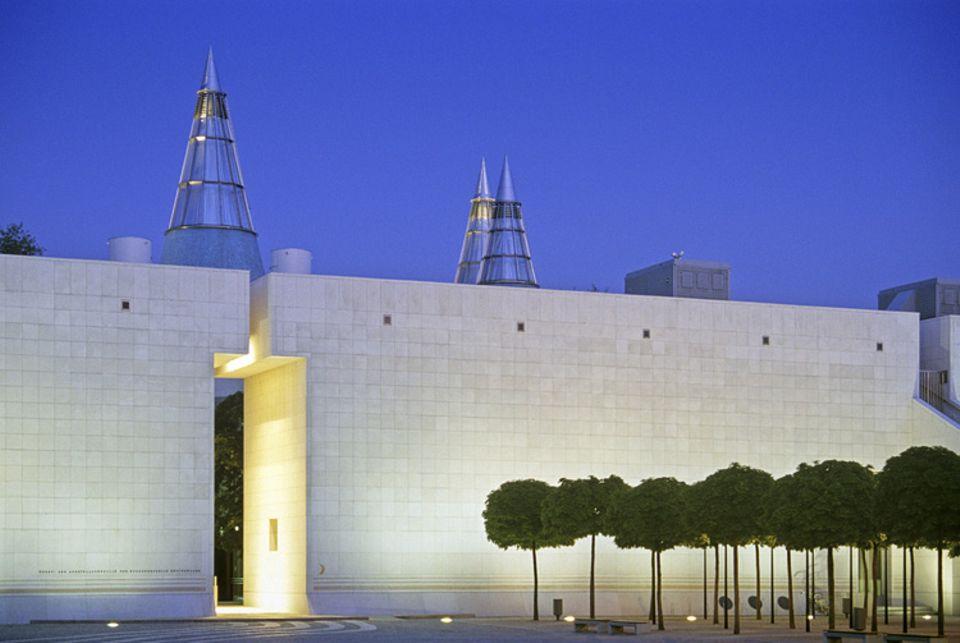 Städtereise: Gedacht als Spiegel einheimischer Kunst: die Bundeskunsthalle