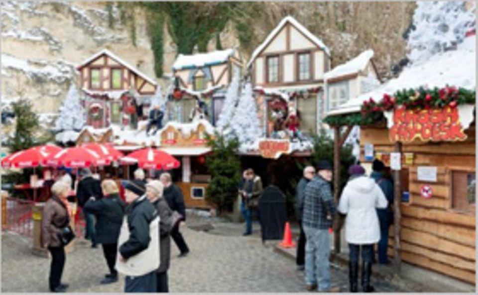 Weihnachtsmärkte: Weihnachtliches Tor zur Unterwelt: In Valkenburg aan de Geul kauft man unter der Erde ein