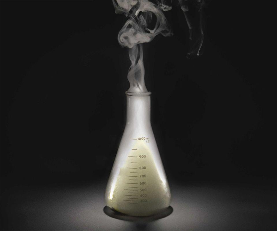 Mithilfe von Instrumenten wie diesem Erlenmeyerkolben erforschen Chemiker das Wesen der Materie