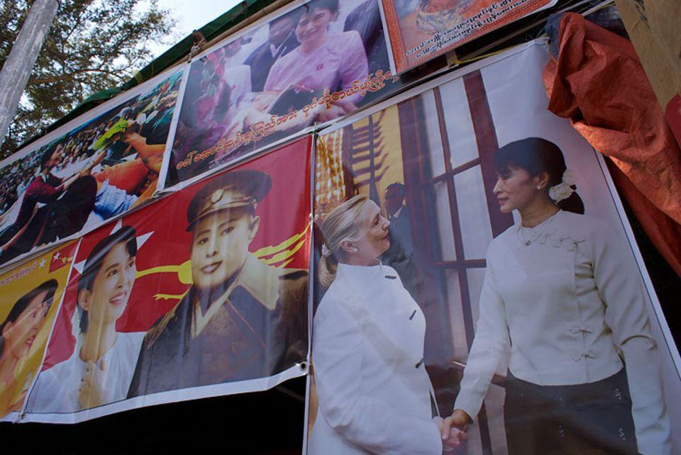 Myanmar: Vor ein paar Monaten wäre das Aufhängen eines Bildes von Aung San Suu Kyi noch Grund für eine Gefängnisstrafe gewesen. Inzwischen hängt es in fast jedem Restaurant und Teehaus