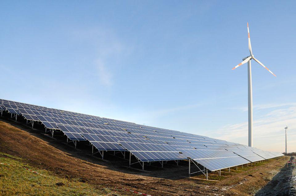 Umweltfreundliche Stromerzeugung auf dem Energieberg Georgswerder im südlichen Wilhelmsburg