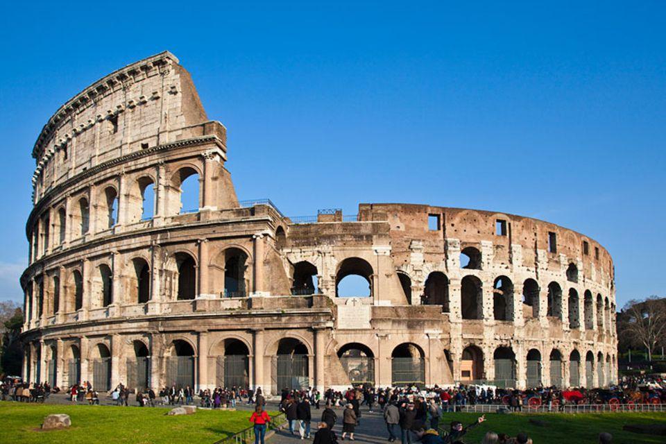 Redewendung: Acht Jahre wurde am Kolosseum gebaut - bis ganz Rom endgültig fertig war, dauerte es noch viel länger