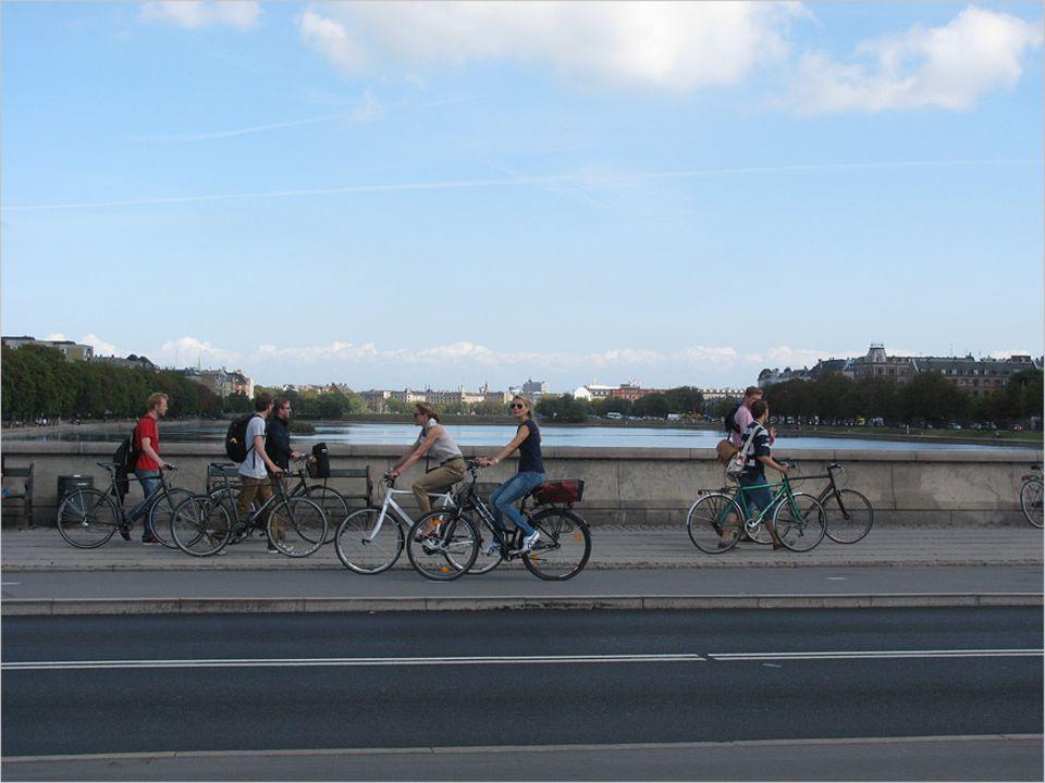 In Kopenhagen sieht man kaum eine Straße, auf der keine Radfahrer unterwegs sind